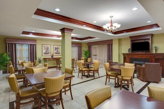 塔中心智選假日飯店照片