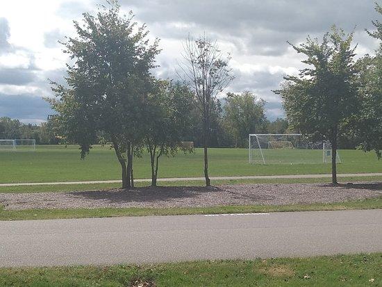 Macomb Corner Park