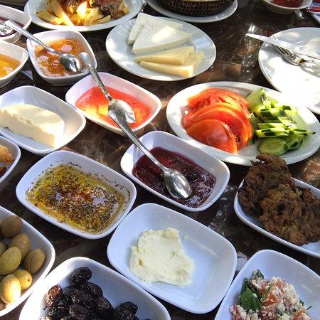 Sirincem Restaurant: photo1.jpg