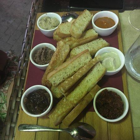 Sciuri e Fava Winebar e Cucina: photo1.jpg