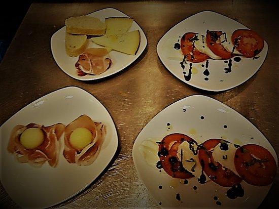 Bar Fandangos Frigiliana: Daily tapas