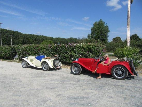 Francueil, Frankreich: le parking