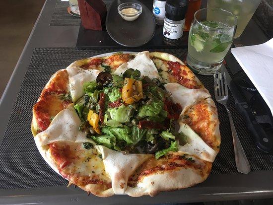 Pomodoro Restaurant: Pizza Salad...