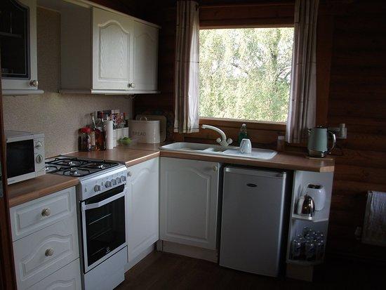 Longframlington, UK: Fridge with small freezer space