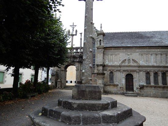 Lampaul-Guimiliau, França: Enclos