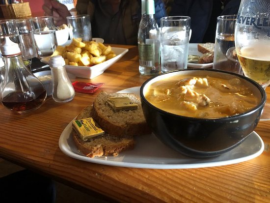 Cushendun, UK: Mary McBrides Seafood Chowder!