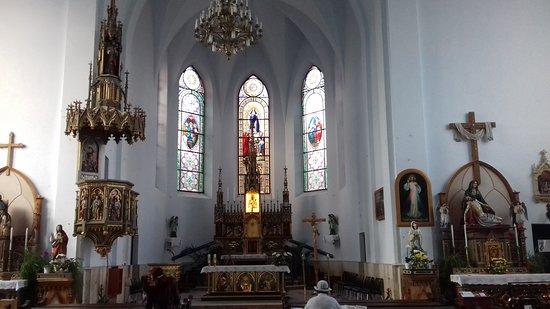 Cacica, Romênia: Chatolic church 2