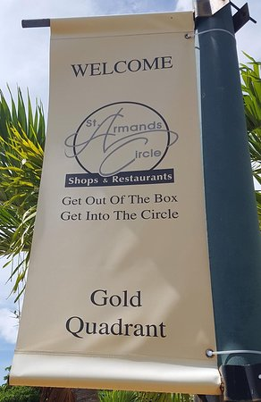 St. Armands Circle : Welcome sign