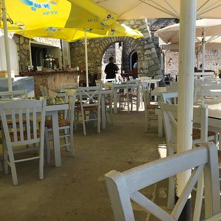 Agnanti Restaurant: photo7.jpg