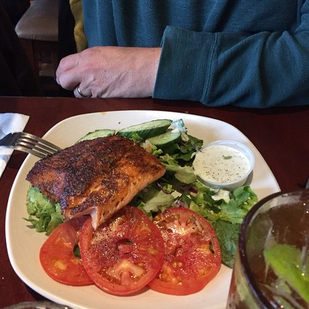 Cheshire Cheese Inn: Delicious menu, great ambience , wonderful staff and great service