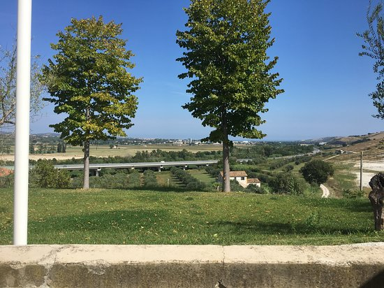 Notaresco, Italy: Vista