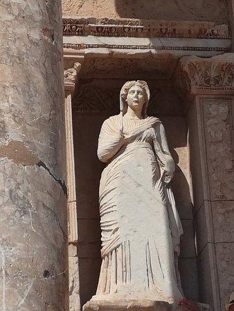 مدينة أفسس القديمة: IMG_20180923_112805_large.jpg