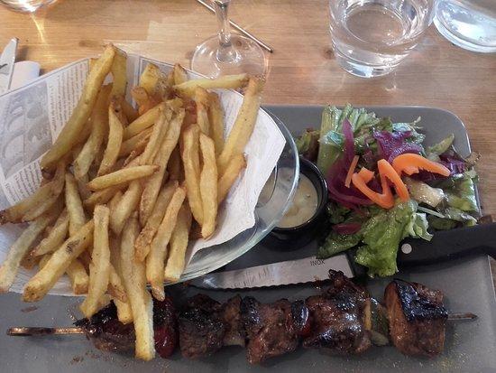 Sauzon, Γαλλία: Brochette de boeuf