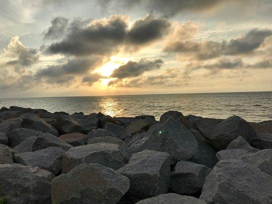 Kure Beach, Carolina del Norte: Beach near fort