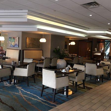 Coast Restaurant and Lounge