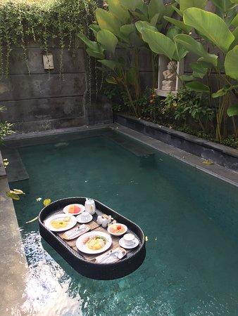 Floating Breakfast Picture Of Nyuh Bali Villas Seminyak Tripadvisor