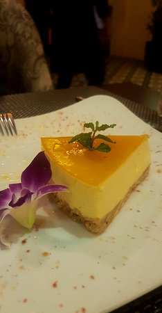 The Hoianian Wine bar & restaurant: מסעדה מדהימה! האוכל והשירות