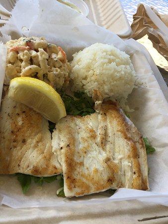 Mani Mahi plate lunch