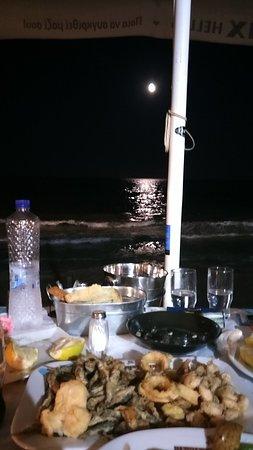 Όμορφη βραδιά