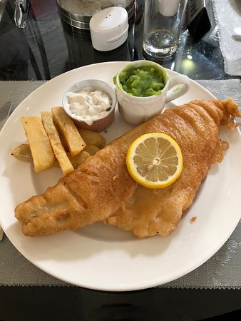 Scorton, UK: Fish & Chunky Chips.