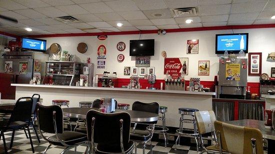 Jewett City, CT : The counter at Charlene's Diner