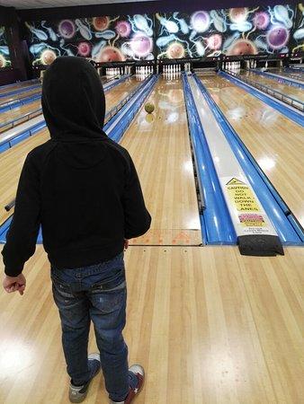 Buddys bowling