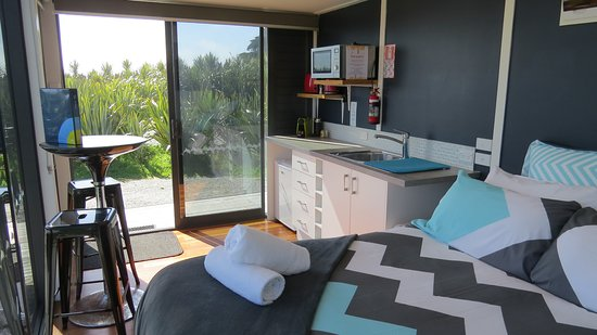 Ross Beach Top 10 Holiday Park Sunset Studio Apartment Pod
