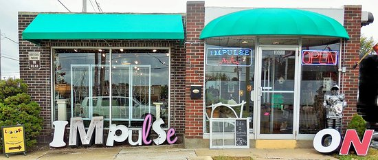 Springfield, Missouri: Be Impulsive Today! Stop in for Cool Vintage Finds & Gifts!