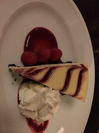 Roselle, IL: Raspberry cheesecake