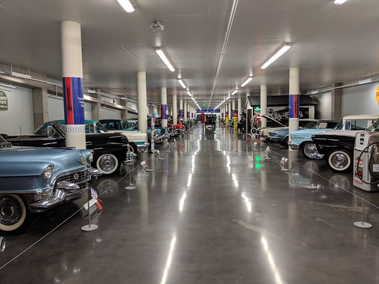 LeMay - America's Car Museum: A lineup of cars in one of the floors