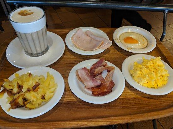 Manora: Breakfast
