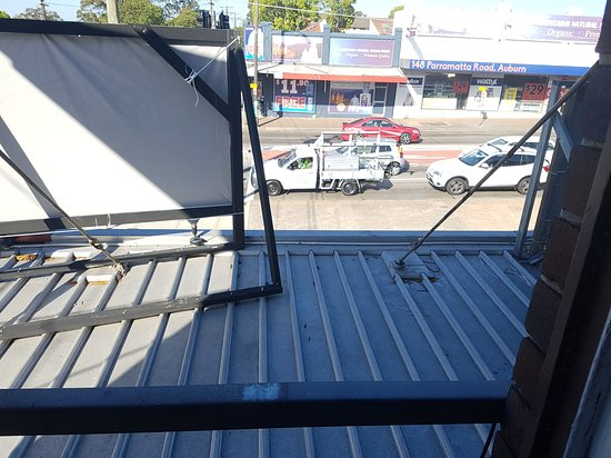 Auburn, Australia: The view from our window in the room - Parramatta Road