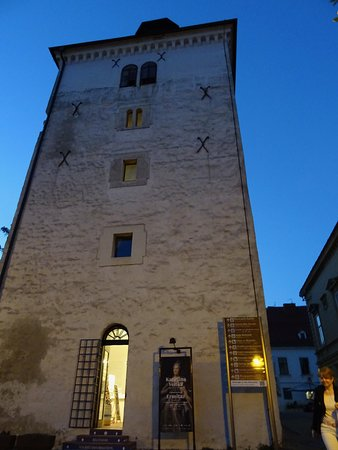 Lotrščak Tower: Lotrscak Tower in Evening