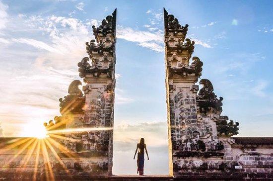 Portão Popular do Templo de Lempuyang...