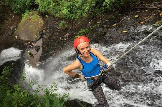 Fra San Jose Canyoning med Canopy