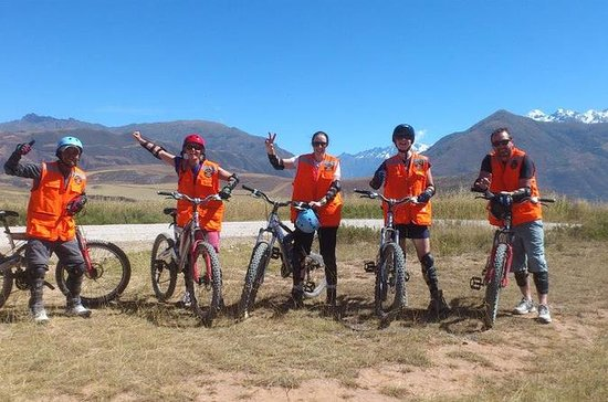 1 dag Cykling & Urubamba White...