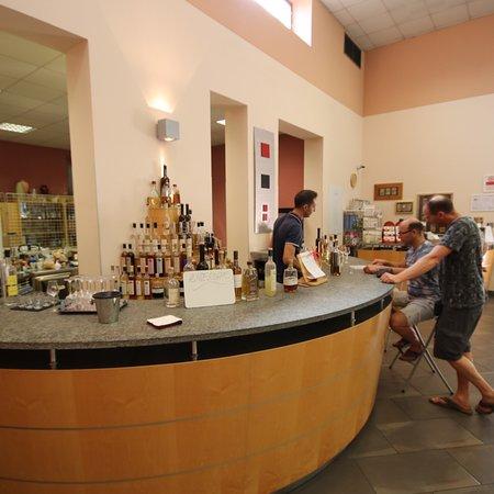 Distilleria Beccaris: photo1.jpg