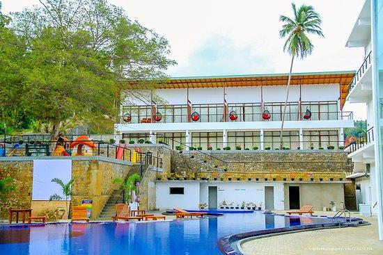Godakawela, Sri Lanka: getlstd_property_photo