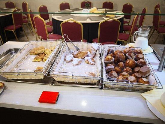 Albolote, España: Buffet desayuno
