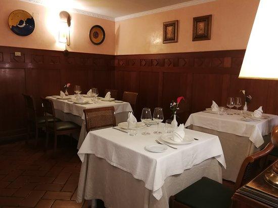 Puebla De Alfinden, Spania: Salón acojedor