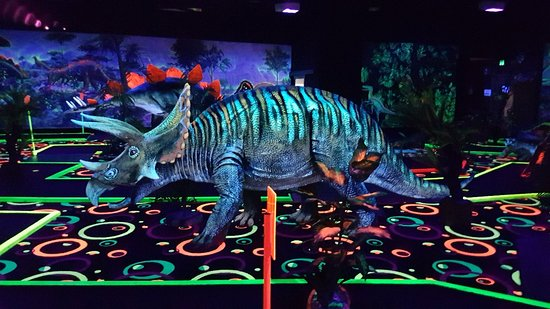 Chillisaurus Mini Golf