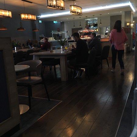 Club Aspire Lounge: photo0.jpg