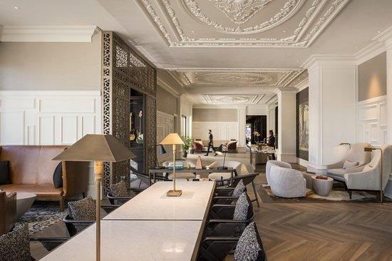 the elizabeth hotel autograph collection 161 1 9 9. Black Bedroom Furniture Sets. Home Design Ideas