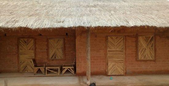 Mar Lodj, Senegal: Todas las habitaciones tienen terraza própia.