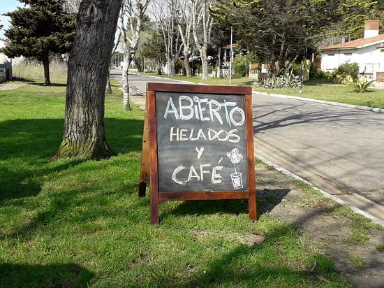 Aguas Verdes, Argentina: Lugar! Helados increibles la mejor atencion atendida por sus propios dueños!!!!🤗♡♡♡