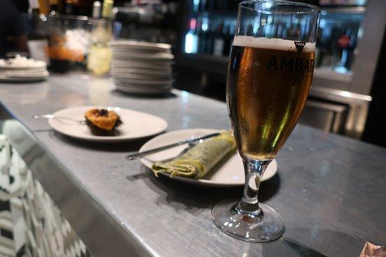 ビールとピンチョス2品
