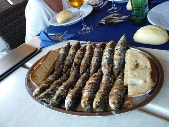 Punta del Moral, Spain: sardinas excelentes