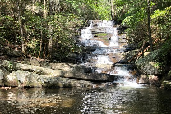 Chatsworth, GA: Beautiful falls at the end of the 3-mile hike