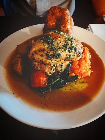Wedmore, UK: Roast chicken