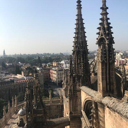 Kathedrale von Sevilla (Santa María de la Sede): photo1.jpg